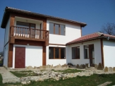Newly built house 20 km from Varna airport and 5 km from Albena and the sea.