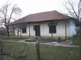 Rural house for sale 52 km from Varna and 32 km from the sea and the town of Kavarna.