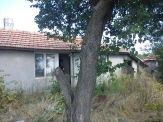 Property near Varna, Old house in Dropla village 20km from the Sea.