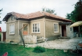 House with 8 190 sq/m plot in Dropla village
