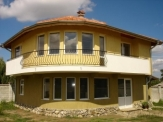 Property near Varna, House in the village of Stojer.