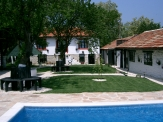 House near the Black Sea, 21 km from Varna and 15 km from Varna Airport.