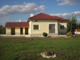 Newly renovated house close to Balchik